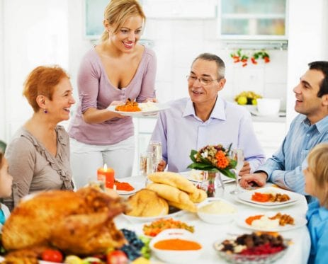 5 Tips For Handling Family Members Who Are Bad With Money