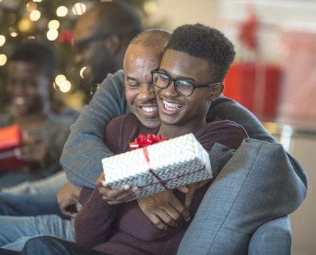 How Christmas Gift Donations Can Bring Holiday Cheer to Your Family
