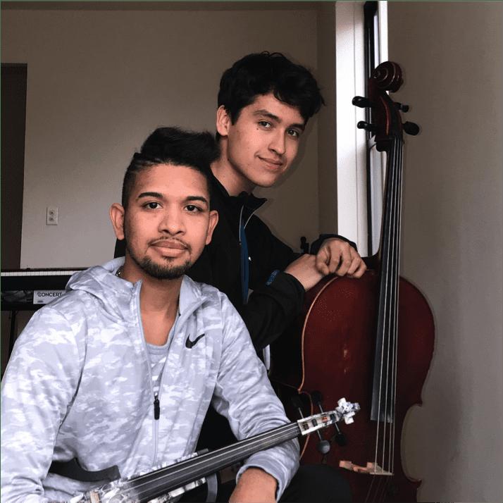 NYC subway performers Wuilly Arteaga (left) and David Hincapie